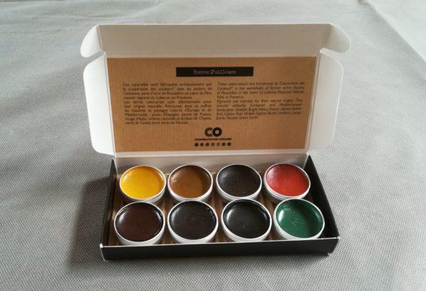 """Coffret de 8 godets d'aquarelles """"Teintes et couleurs d'ailleurs"""""""